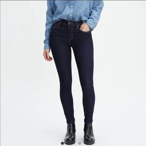 Lev's721 High Rise Skinny Jeans